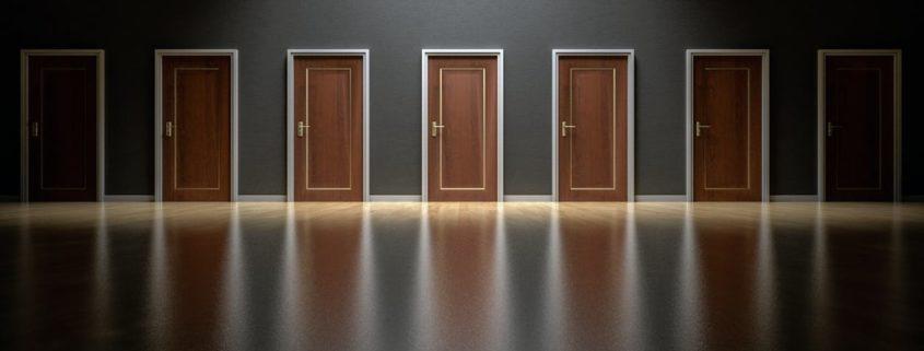 5 Factors for Choosing the Right Data Center Server Lift