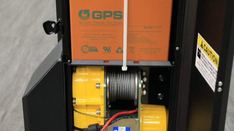Capable of operating more than a full day on a single charge, the SL-1000X Super-Duty Lift features a non-hydraulic, heavy-duty winch motor and a leak-proof AGM (Absorbed Glass Mat) battery that are safe for use in any data center environment. The unit comes equipped with the choice of a 110V or 220V 3-stage charging system.