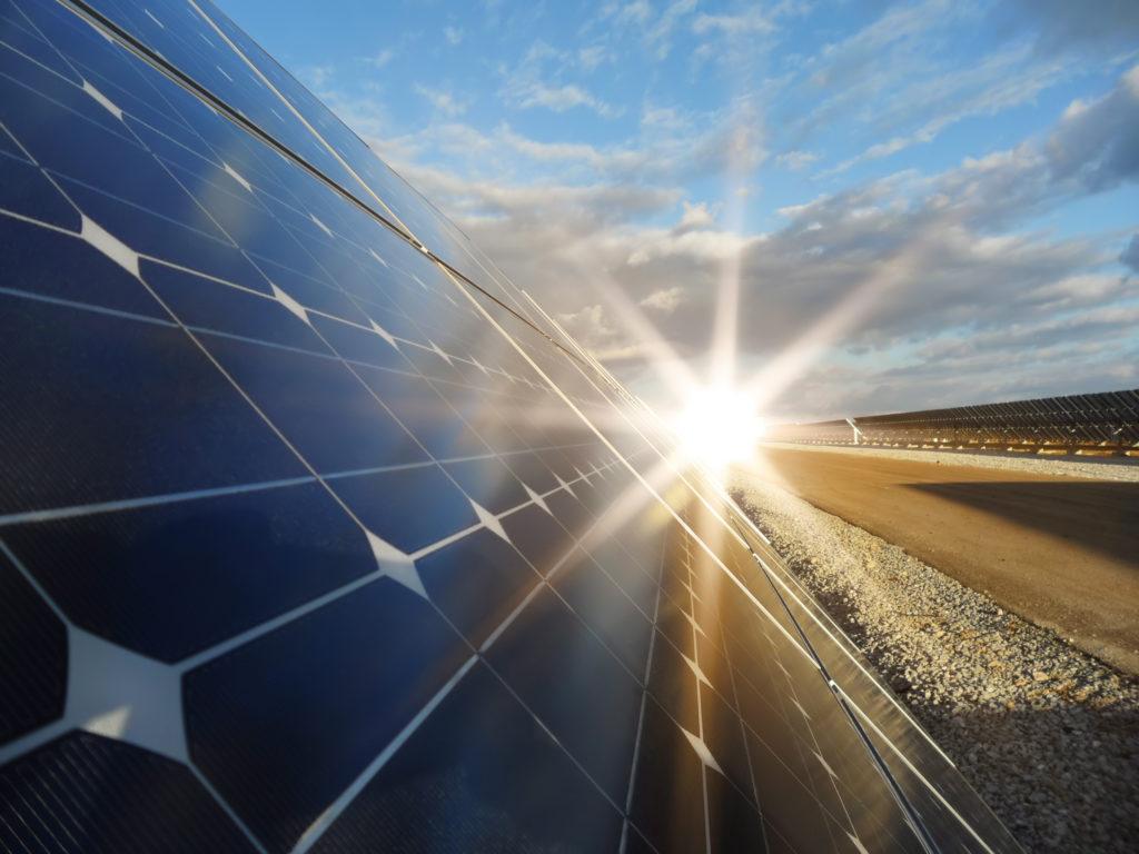 streamline server data center with solar and green energy