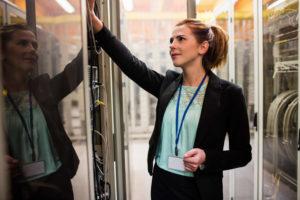 المرأة في مركز البيانات: إيجاد الفرص